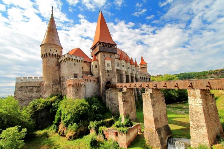 Transylvania Tour From Budapest To Bucharest: 4 Days throughout Travel To Transylvania From Budapest